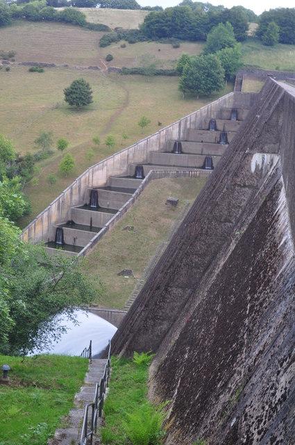Exmoor : Wimbleball Dam