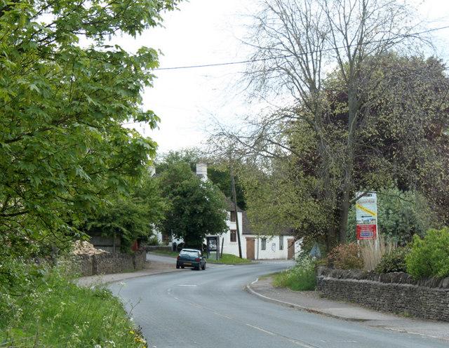2010 : B4039 passing through Burton, Wiltshire