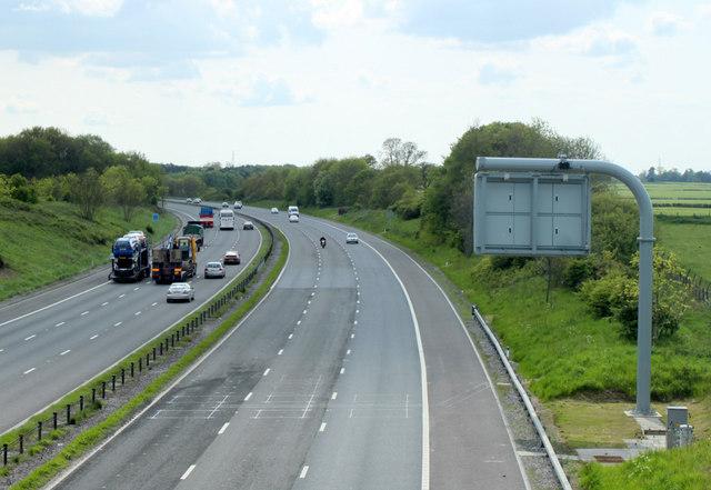 2010 : M4 westbound near Acton Turville