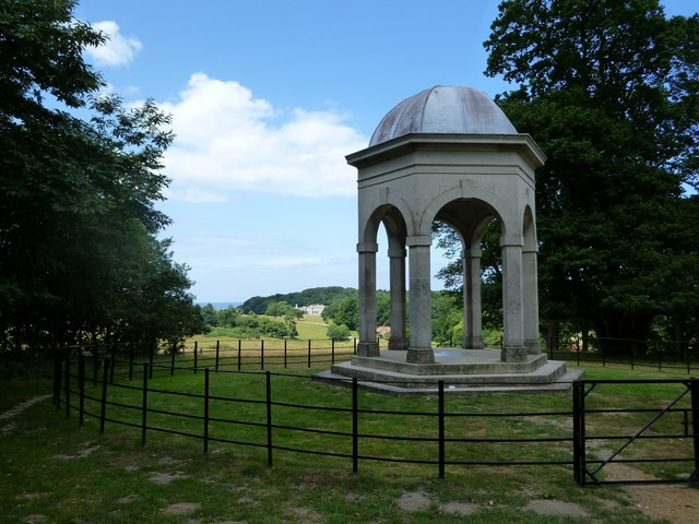 Sheringham Park: the Temple eyecatcher gazebo, with Sheringham Hall in the distance