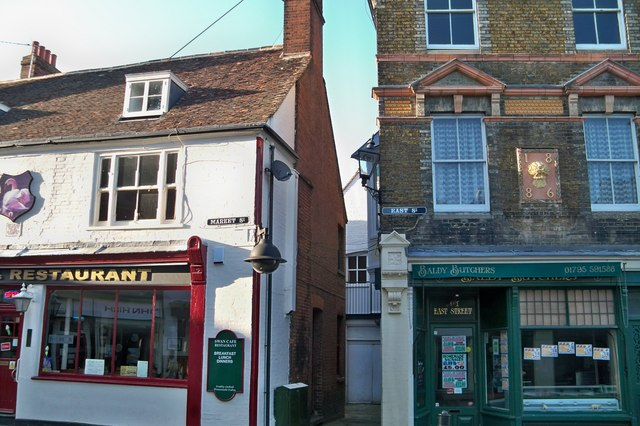 Streets Meeting Point - Faversham