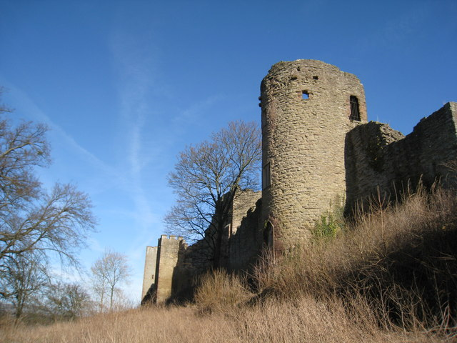 Mortimer's Tower and the west side of Ludlow Castle