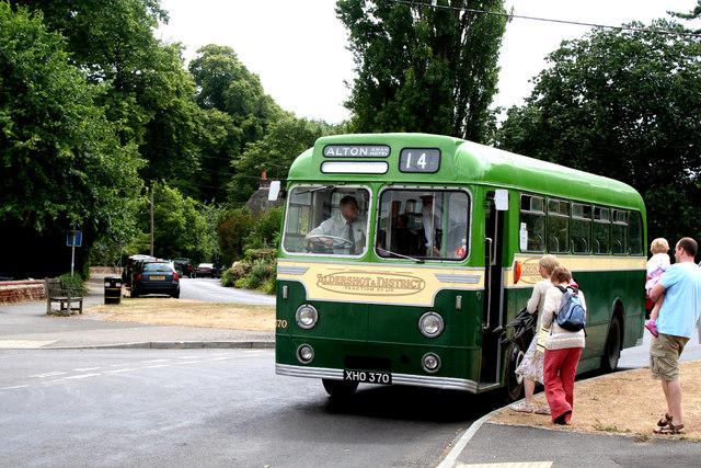 Chawton, Hampshire:  Aldershot & District bus