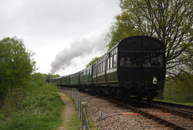 Train on the Bluebell line