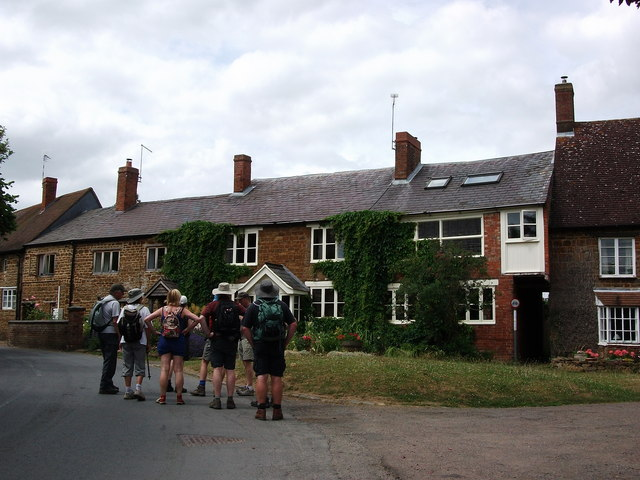 Cottages at the start of Southam Road, Priors Marston