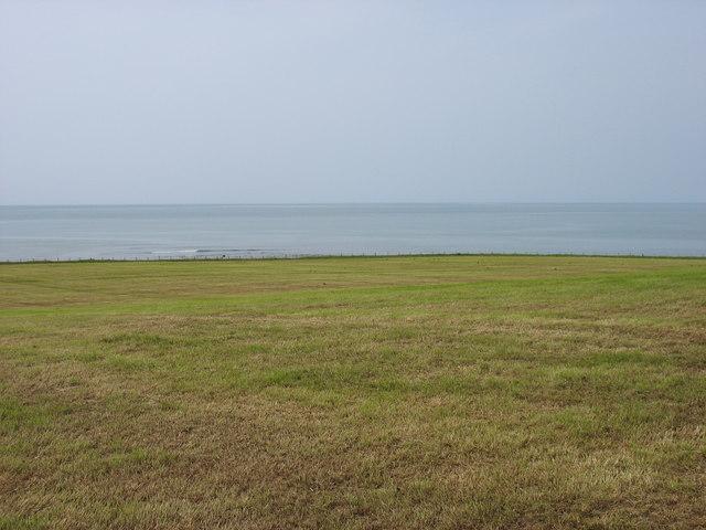 Field north of Llan-non
