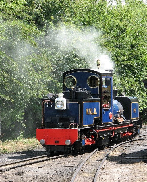 Wells & Walsingham Light Railway - departing shortly
