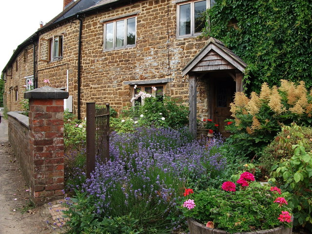 Japonica Cottage, Southam Road, Priors Marston
