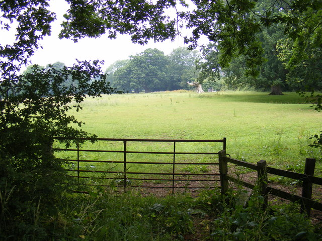 Footpath to New Road & B1120 Badingham Road