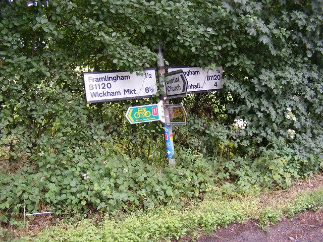 Roadsign on the B1120 Badingham Road