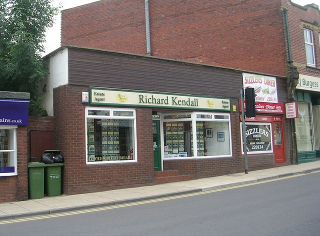 Richard Kendall Estate Agents - Altofts Road