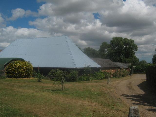 Chislet Park Barns