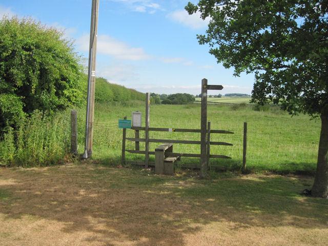 Footpath to Calcethorpe Medieval village