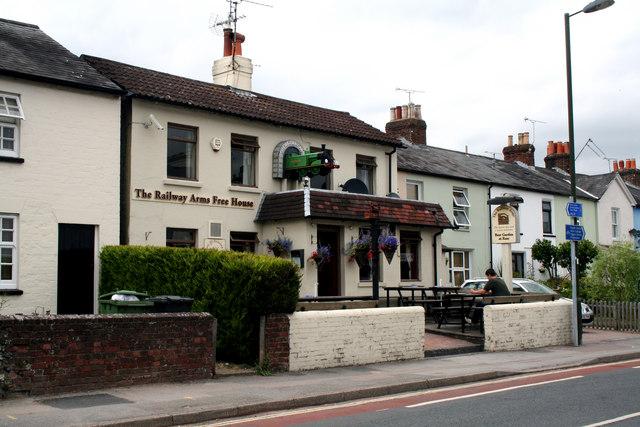Alton:  The 'Railway Arms Free House'