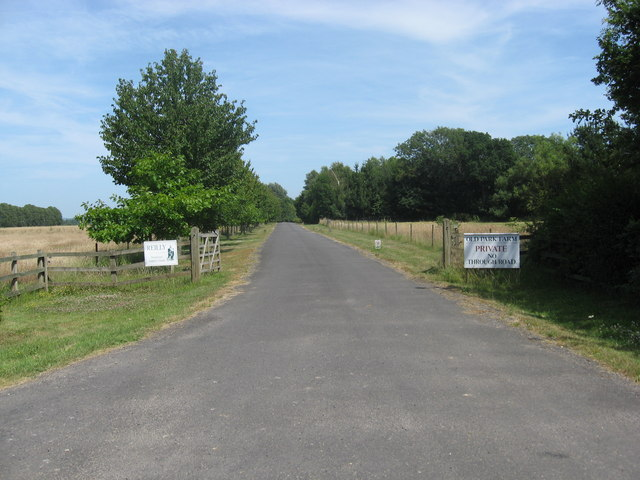 Entrance to Park Farm off Old Park Lane