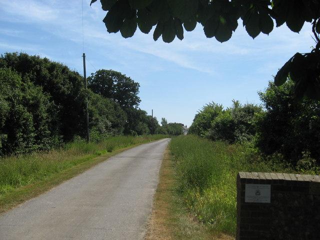 Entrance driveway to Southend Farm