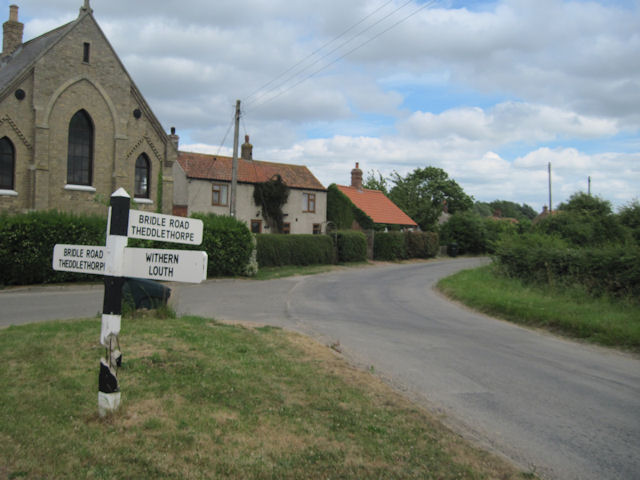 Road junction at Gayton le Marsh