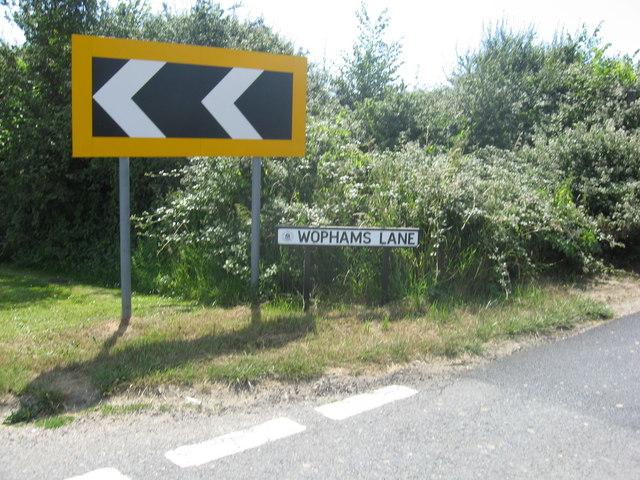 Roadsigns in Wophams Lane
