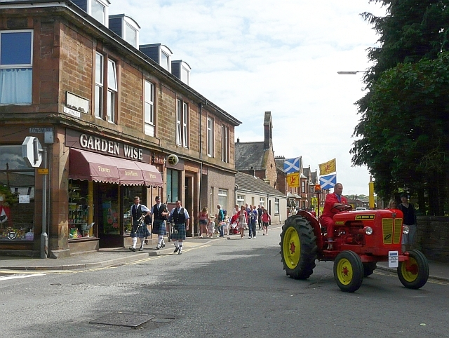 Patriotic tractor turning out of St Johns Road
