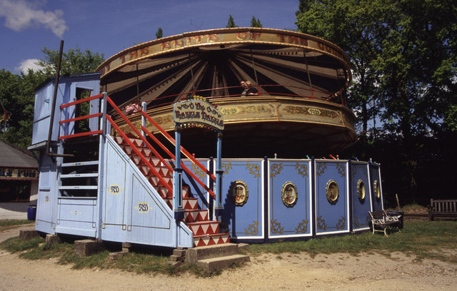 Hollycombe steam fairground