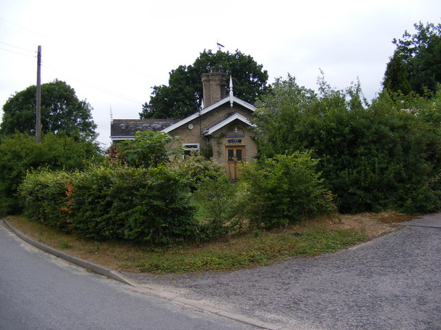 The former  level-crossing-keeper's cottage