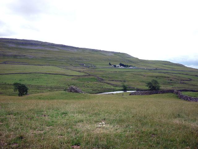 Cairn near Beezleys