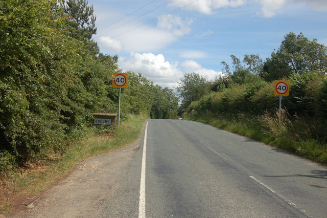 Entering Exelby from the north