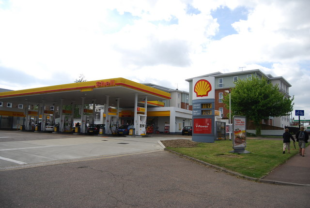 Shell filling station, St John's Rd