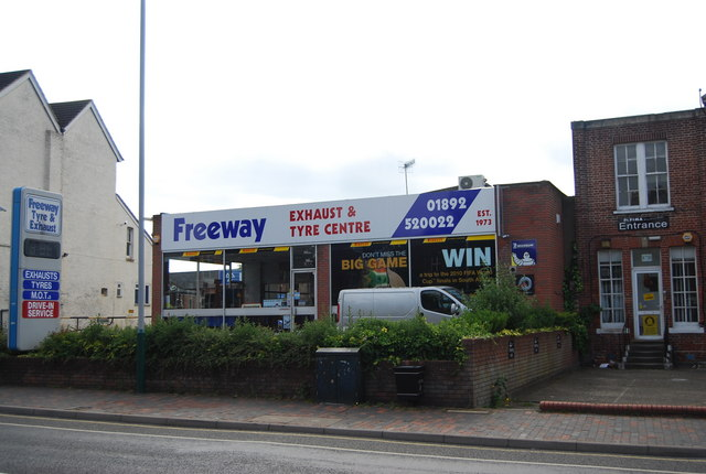 Freeway, Exhaust and Tyre Centre