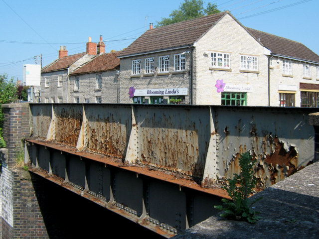 Railway bridge, West Street, Somerton