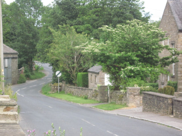 Road out of Askrigg from car park