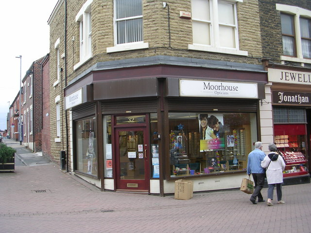 Moorhouse Opticians - High Street