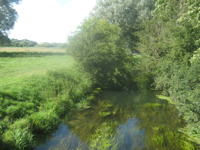 River Little Stour flowing downstream