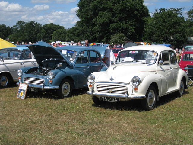 Morris Minors at Darling Buds Classic Car Show