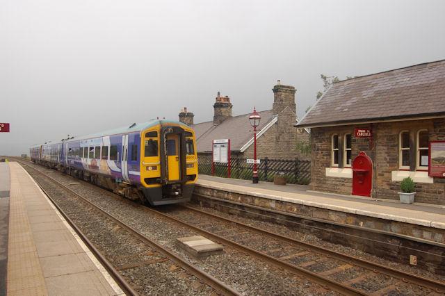 Train for Carlisle entering Garsdale