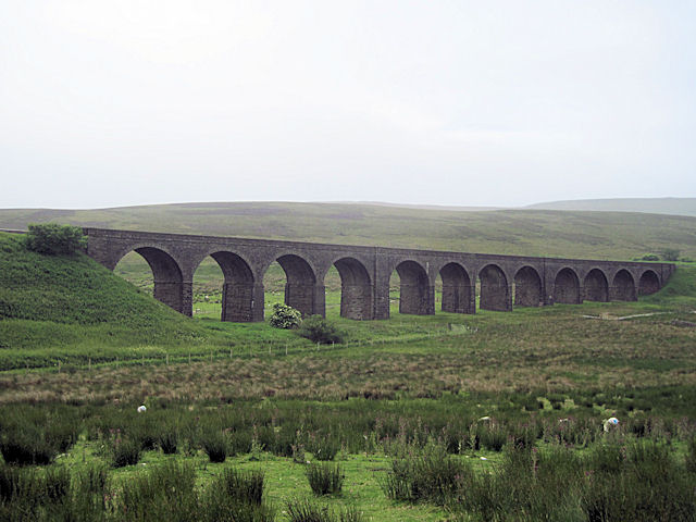 Dandry Mire viaduct from A684 at Garsdale Head