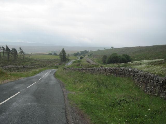 B6289 road looking south