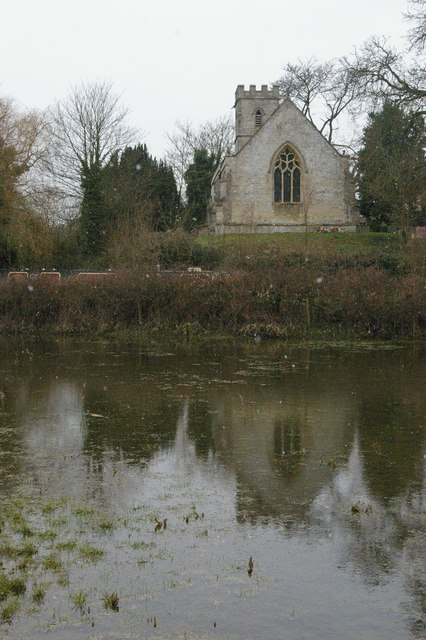 Shipton-on-Cherwell, church from across the canal