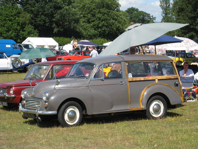Morris Minor Traveller at Darling Buds Classic Car Show