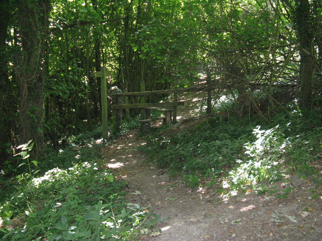 Stile on footpath to Pond Barn
