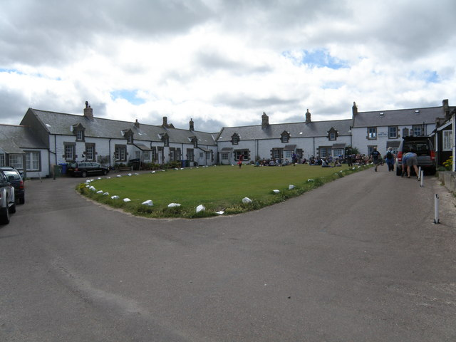 Cottages  around  the  Green