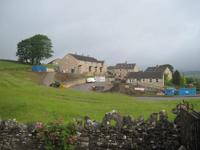 New housing Off Gayle Lane