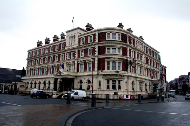 Chester:  The 'Queen Hotel'