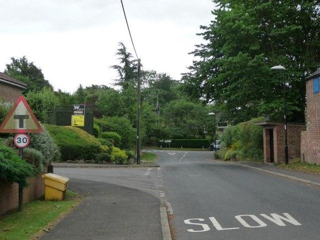 Road junctions off Thiefhole Lane