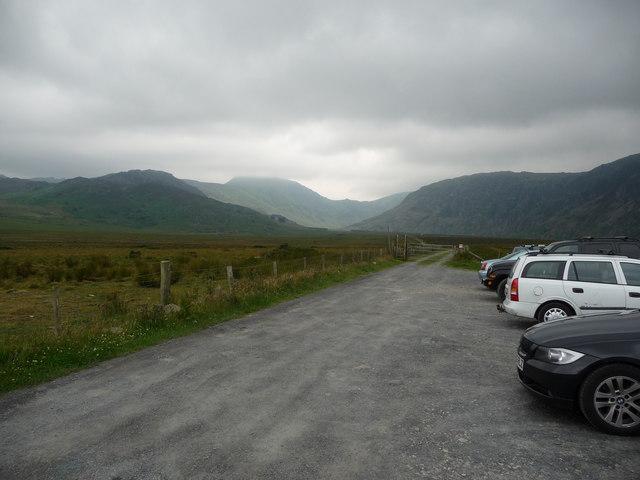 Car park below Llyn Eigiau