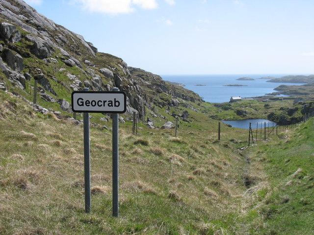 The descent to Geocrab village