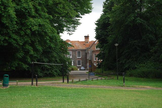 Earlham Hall, Earlham Park