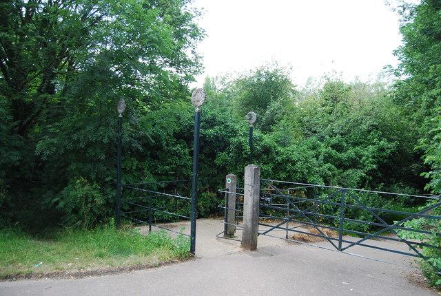 Yare Valley Walk off Earlham Rd at Earlham Bridge