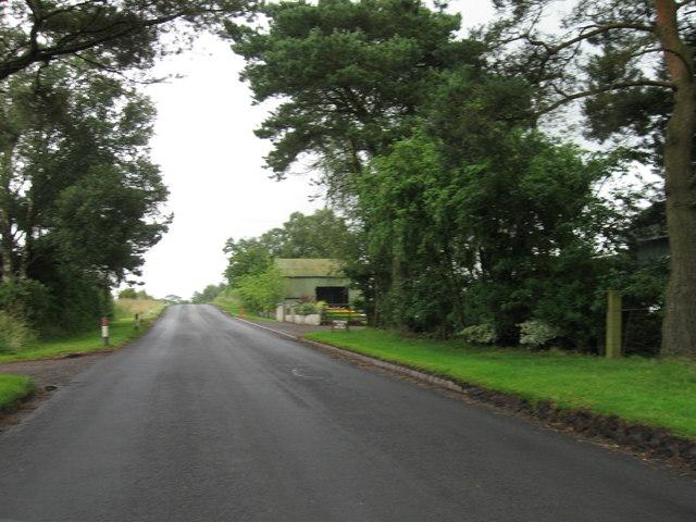 Country road towards Lordsgate Farm