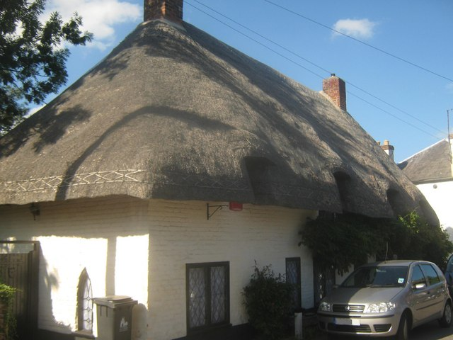 Thatched cottage in Wickhambreaux